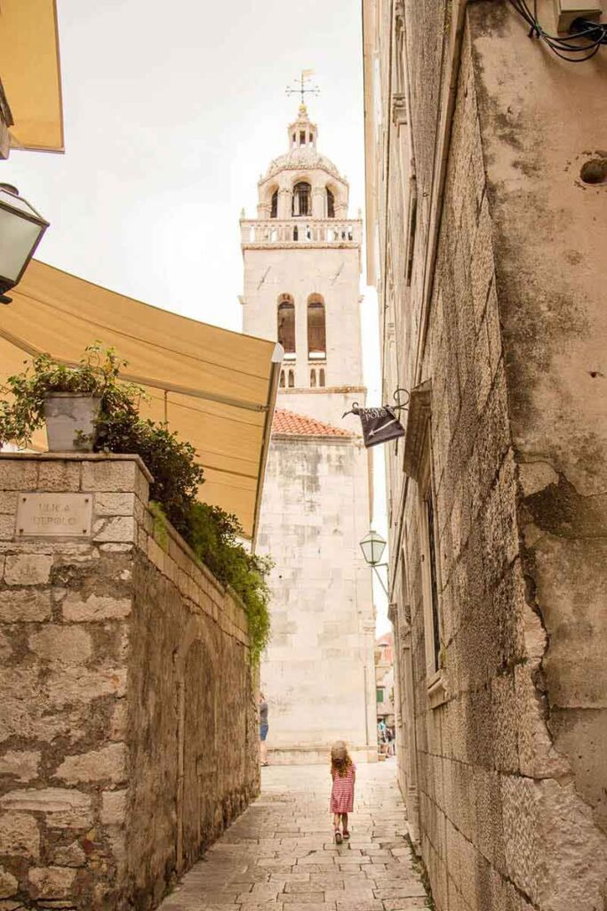 Exploring Korcula Old Town - what to do in korcula