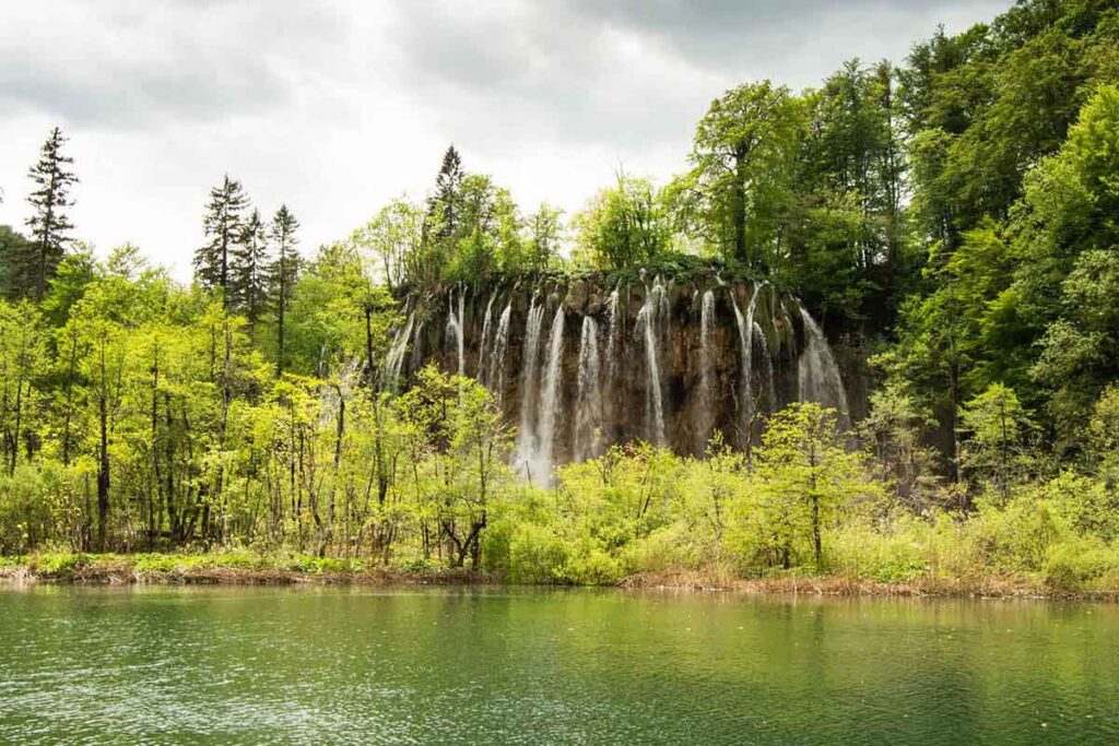 visiting Plitvice Lakes with kids