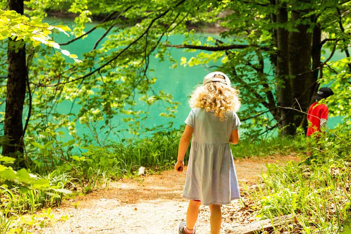 Hiking Plitvice Lakes with kids