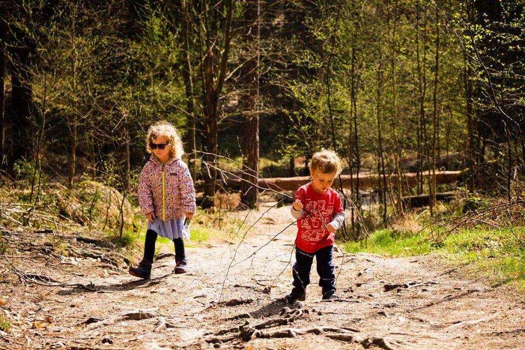 Hiking in Bohemian Switzerland to Mariina Vyhlidka with kids