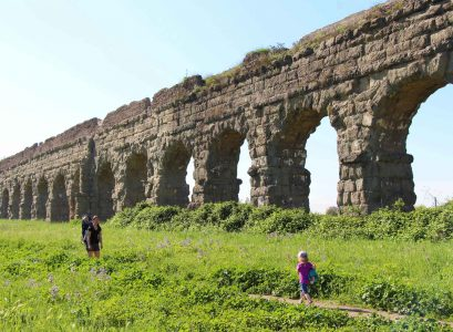Family-Can-Travel---Aqueduct-Park-Rome-Italy-Toddler-Itinerary-Header