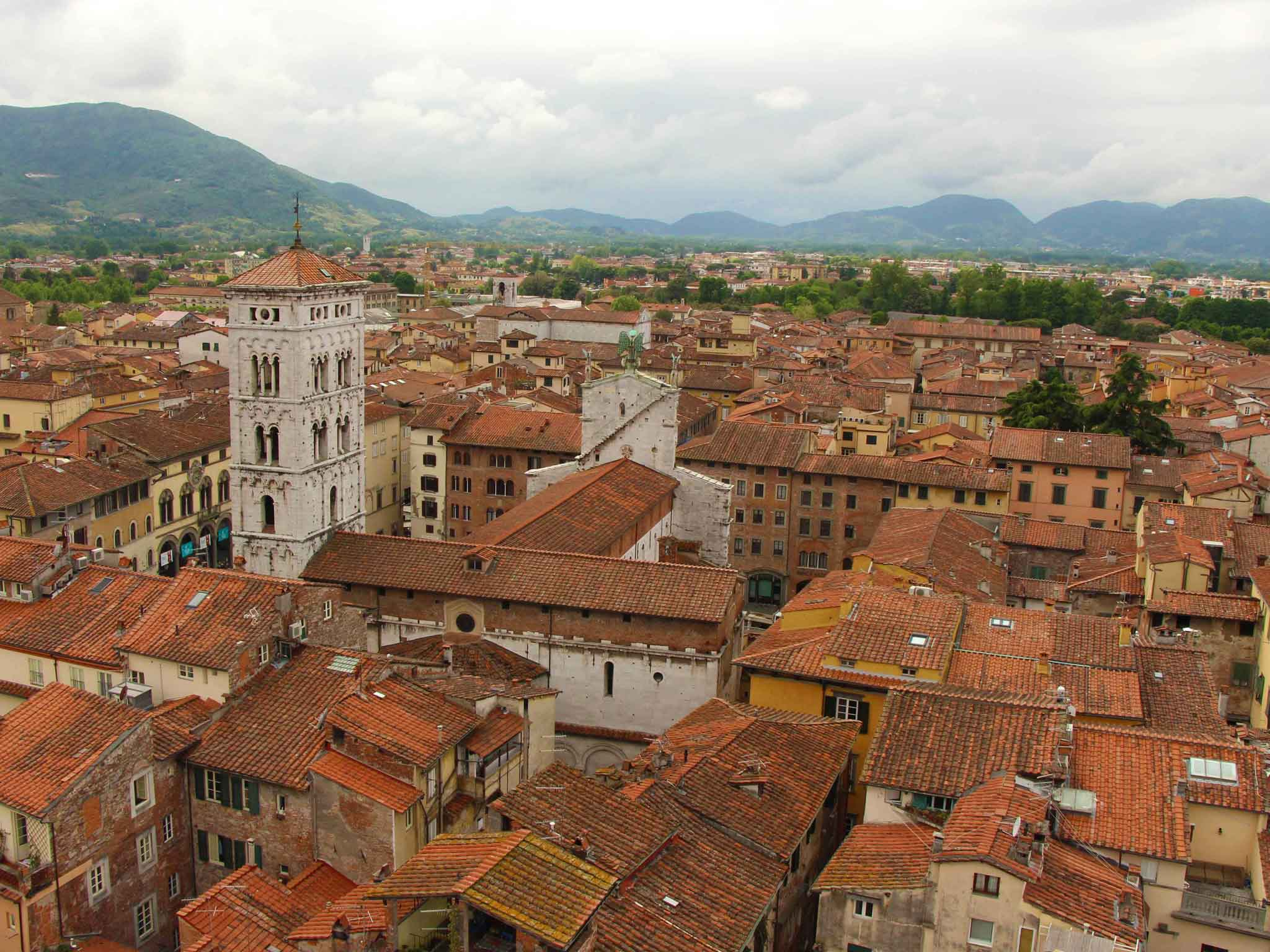 Family-Can-Travel---Lucca,-Italy-with-Kids---View-in-Lucca-from-Bell-Tower