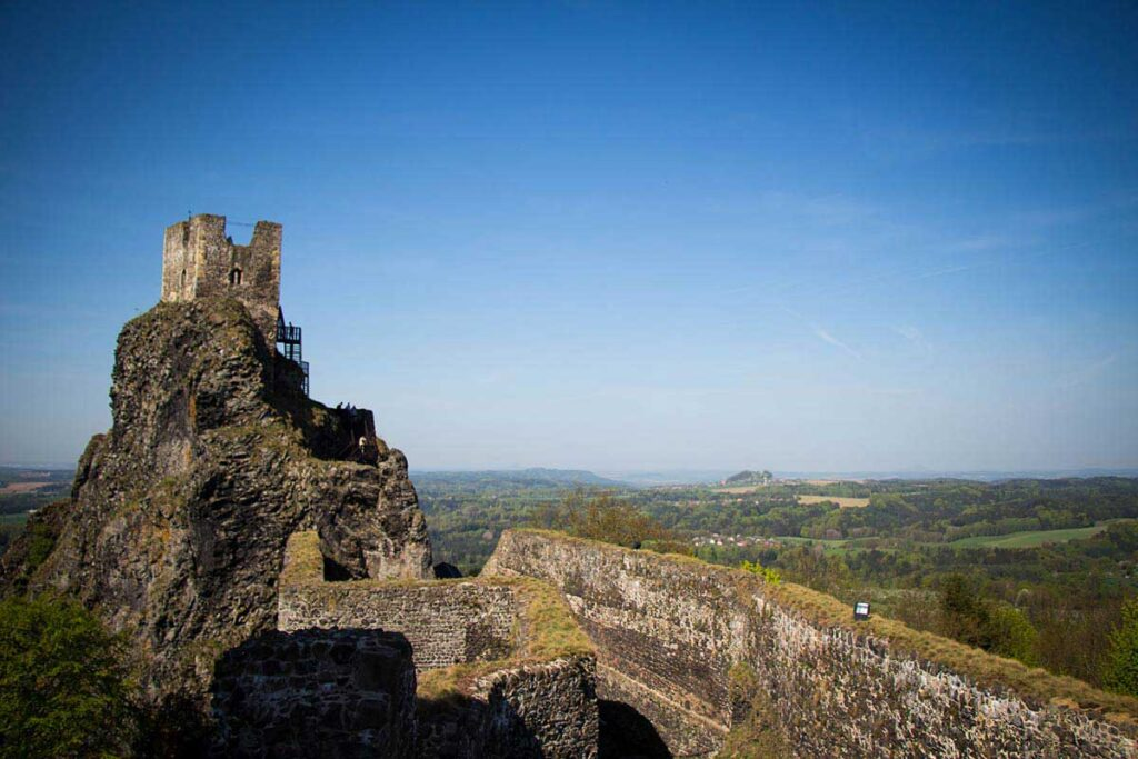 Trosky Castle in Cesky Raj - things to do