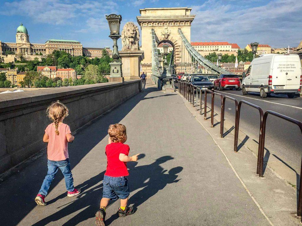 Budapest Family Friendly Walks - Chain Bridge