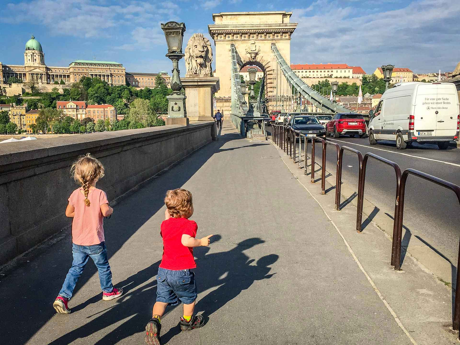 Budapest Family Friendly Walks - Chain Bridge