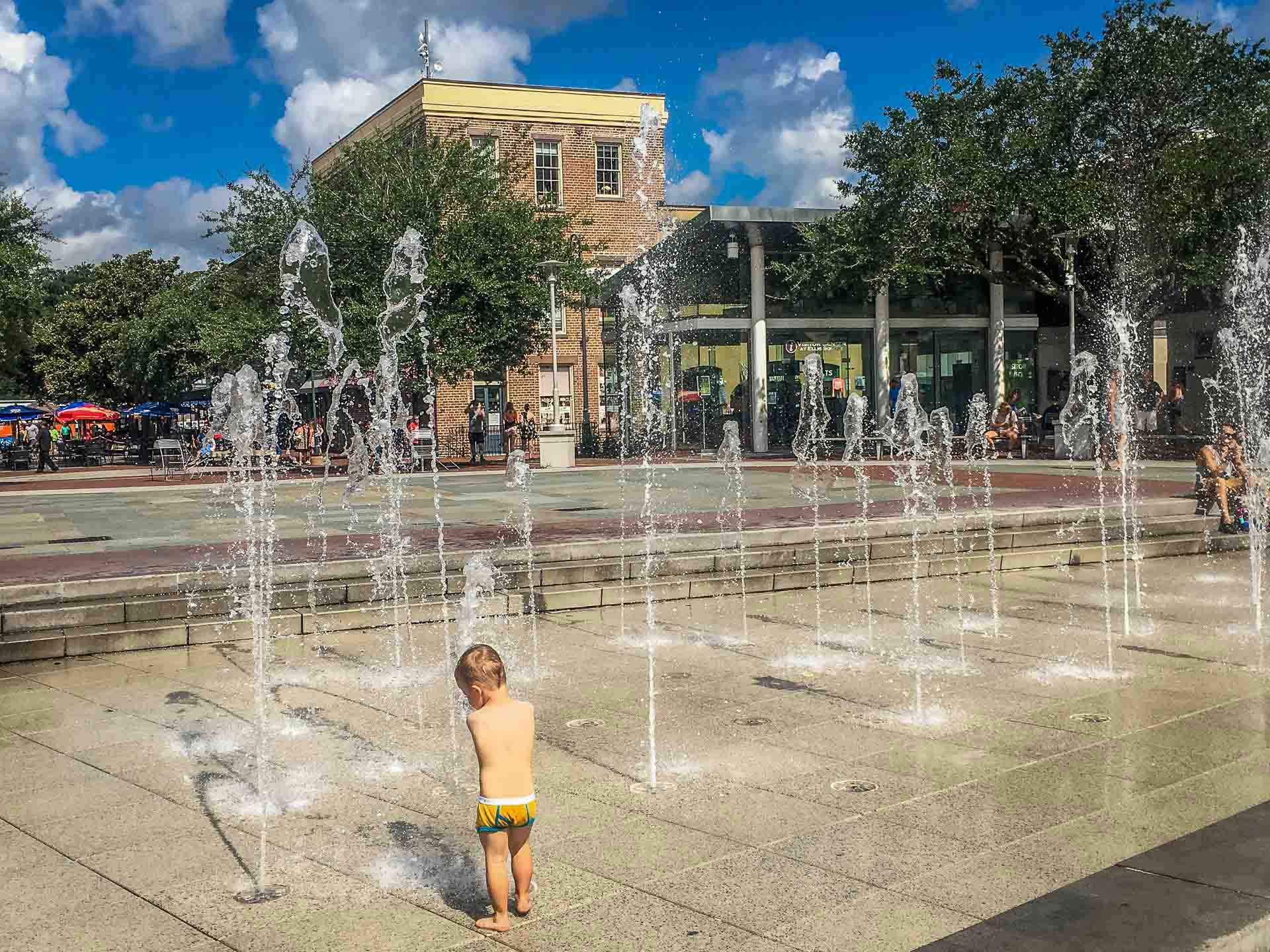 Family Can Travel - 2 Days in Savannah with Kids - Ellis Square Splash Park