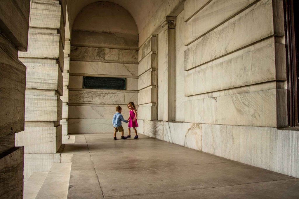 Family Can Travel - A Day in Nashville with Kids - Tennessee State Capitol