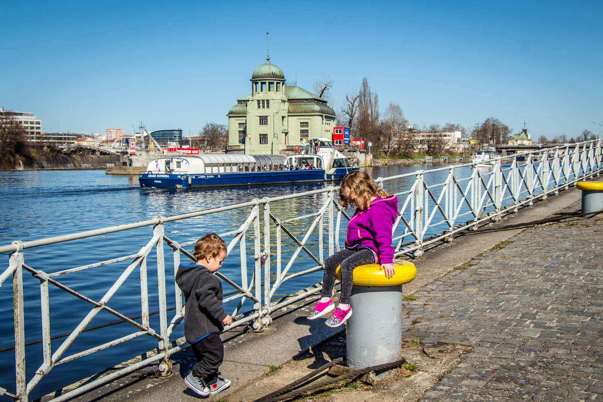 Vltava River Promenade - Prague Family Friendly Walks