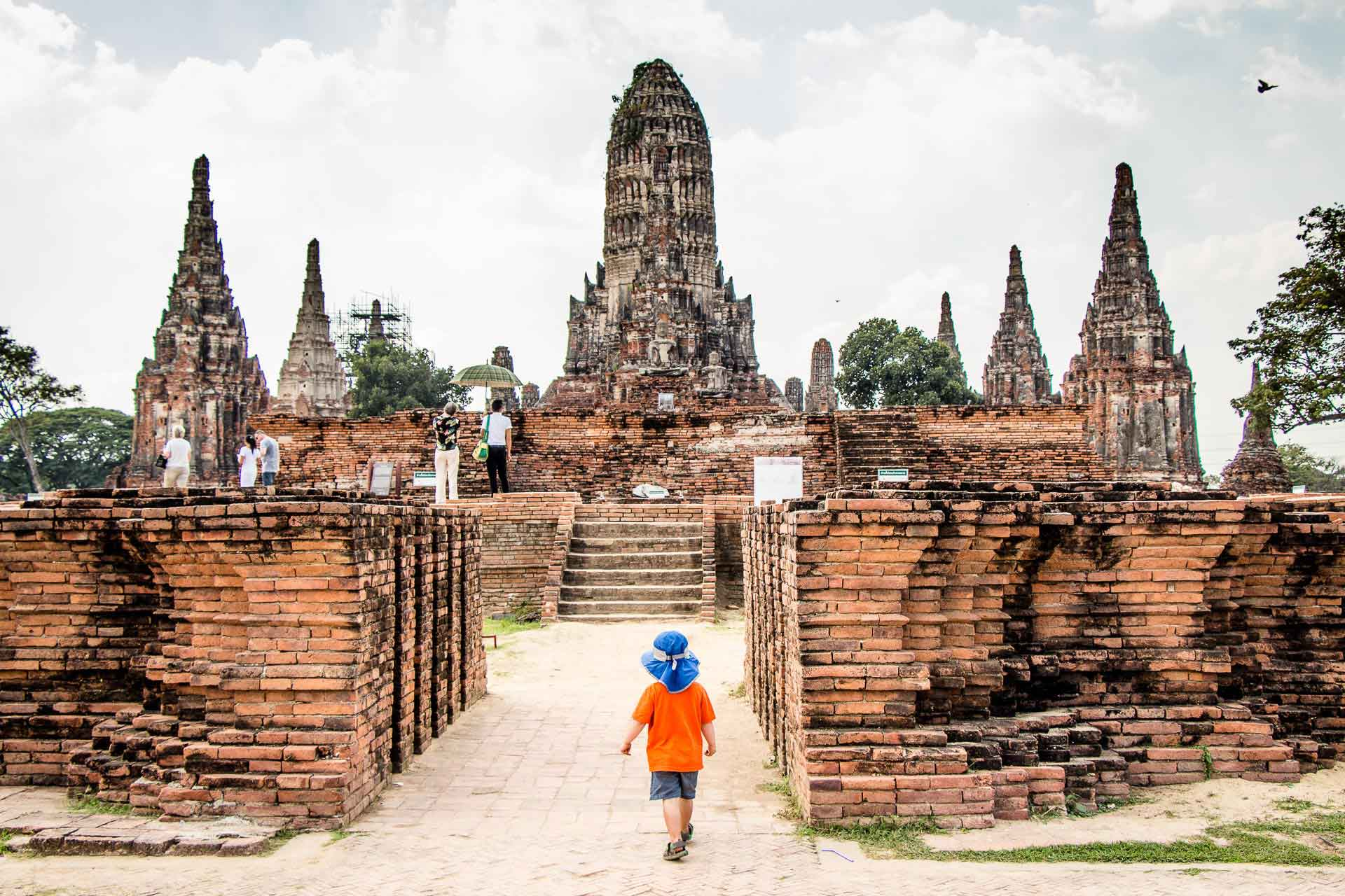 Wat Chai Wattanaram in Ayutthaya Thailand with Kids
