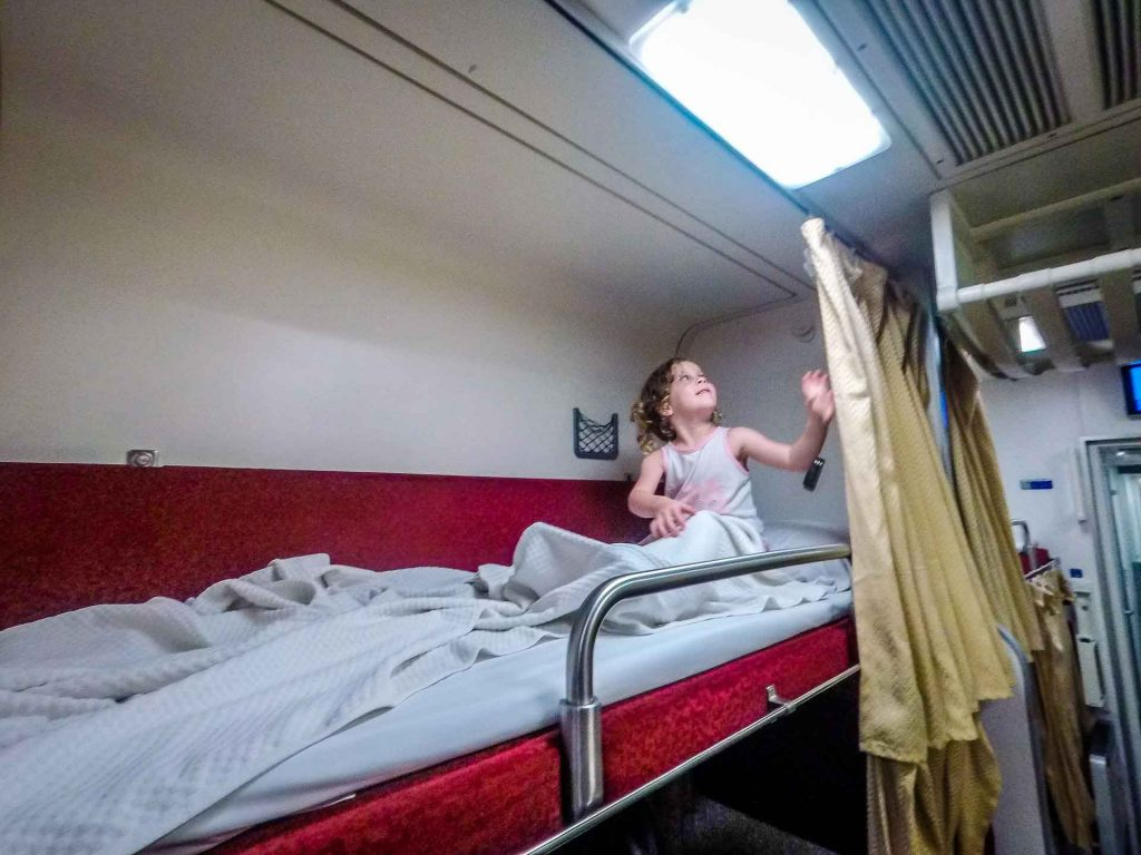 Overnight train to Chiang Mai with kids