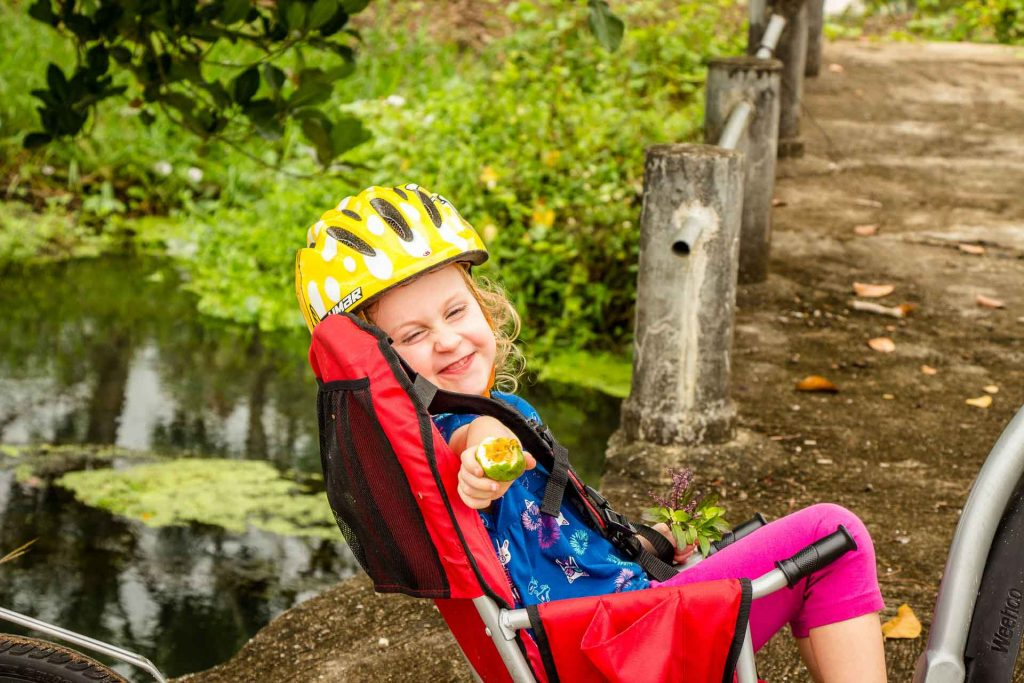 Bike tour around Chiang Mai with kids with Grasshopper Adventures