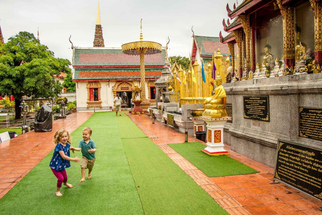 Visiting temples with kids in Thailand