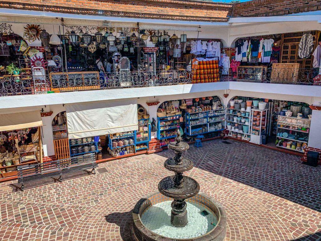 Valle de Bravo Artisan Market