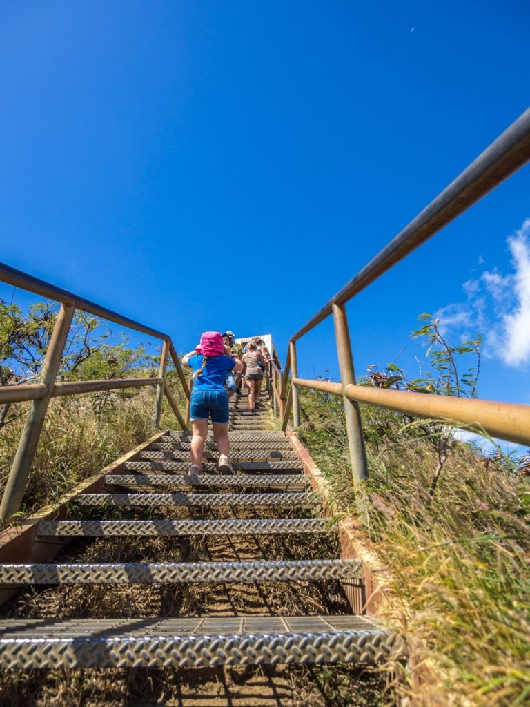 hiking in hawaii with kids