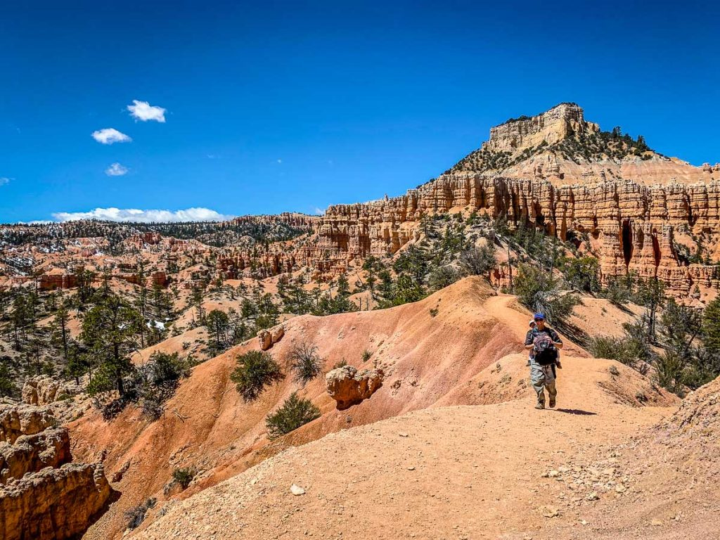 hiking with kids in Bryce Canyon National Park Utah