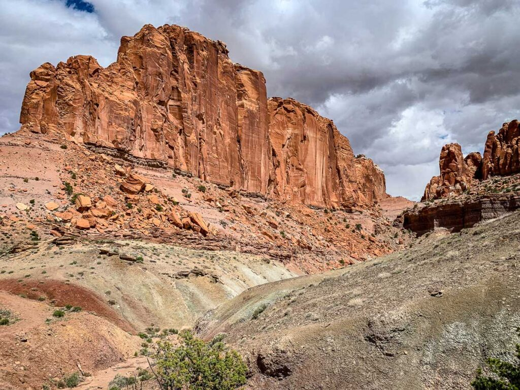 hiking Chimney Rock Trail in Capitol Reef NP