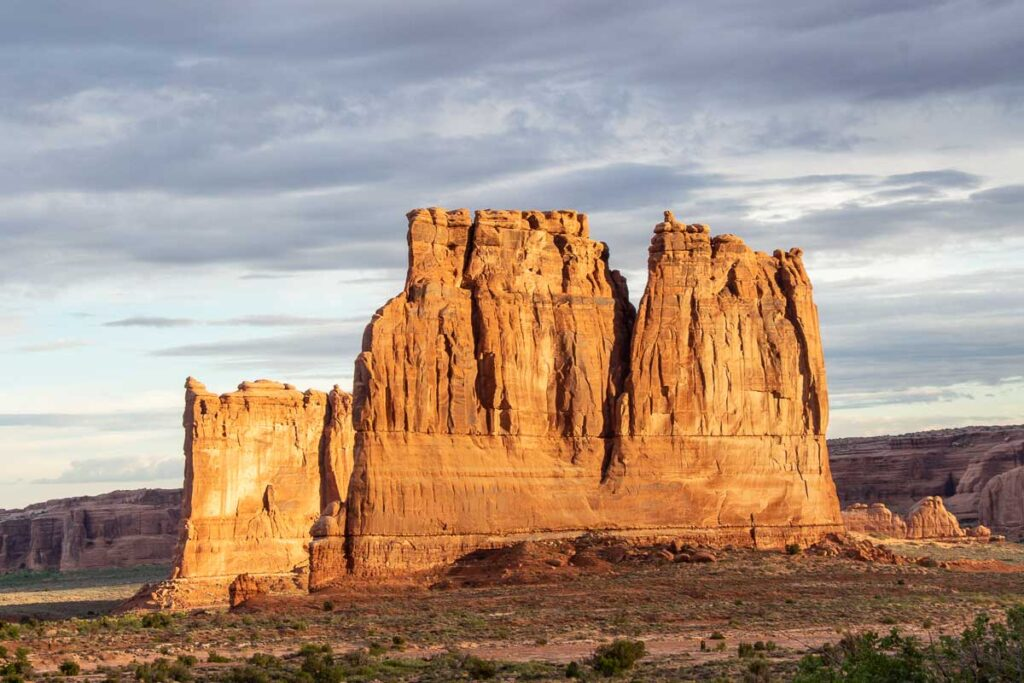 sunrise view in arches national park with kids
