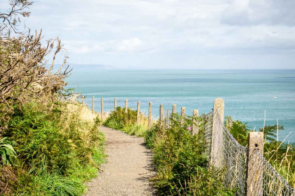 image of coastal pathway from Bray to Greystones in Ireland