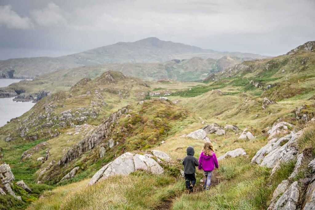 image of kids hiking Sheep's Head Lighthouse Loop