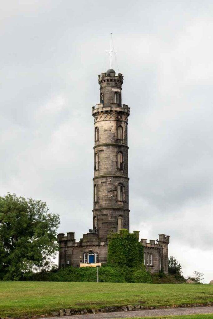 image of Nelson Monument in Edinburgh