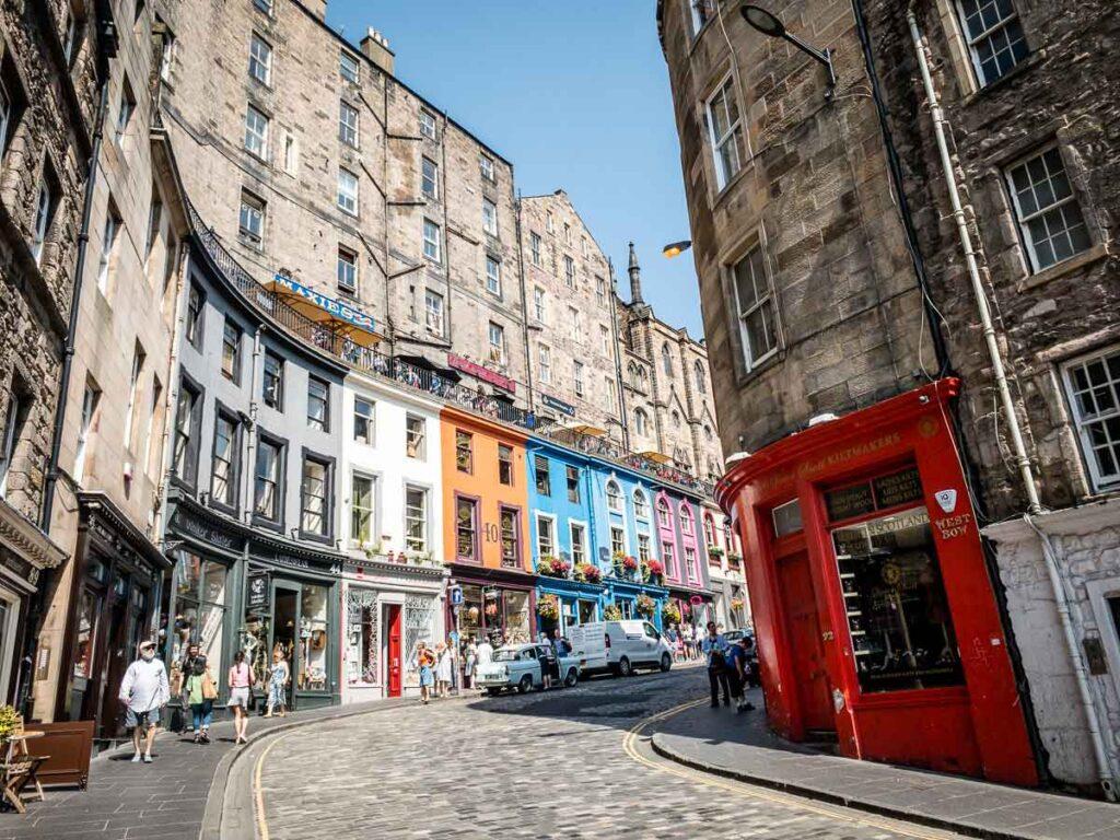 Image of colorful Victoria Street in Edinburgh Scotland