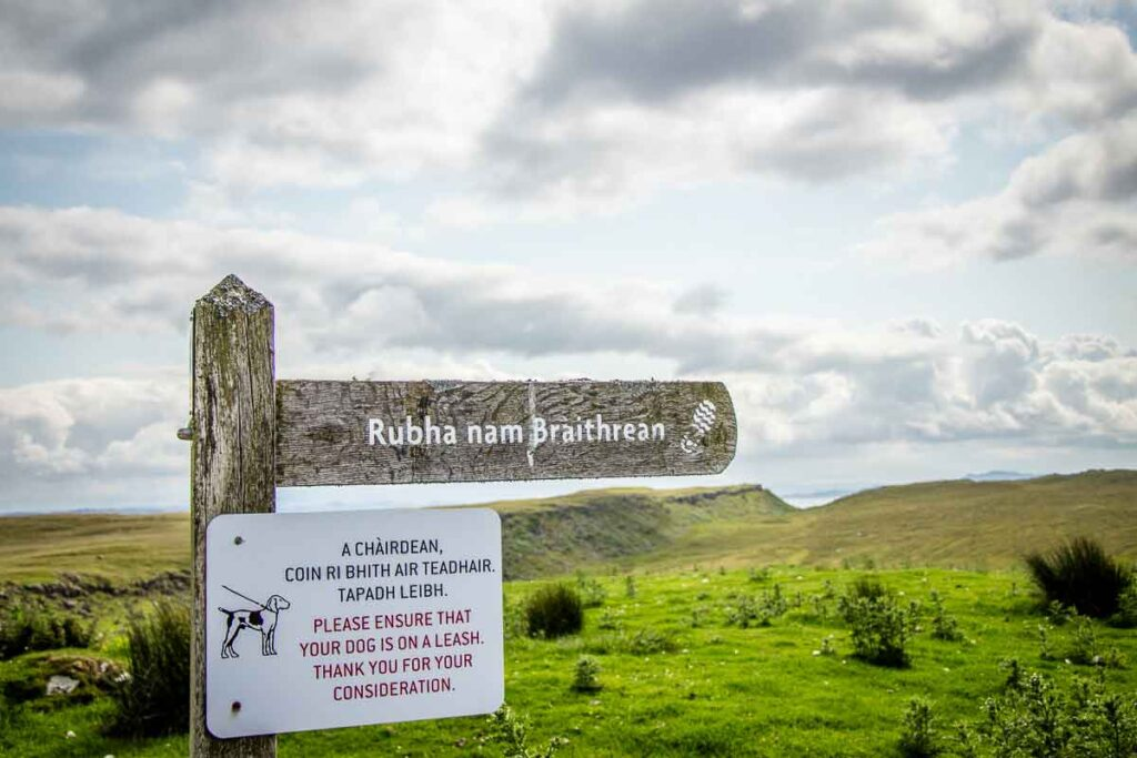 image of sign for Rubha nam Braithrean walk on Isle of Skye (Brother's Point hike)