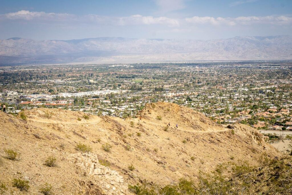 image of hike in palm springs with view of city