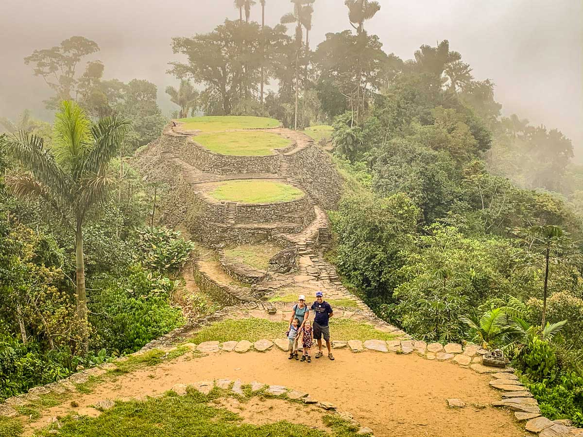 A family with kids at Ciudad Perdida, Colombia