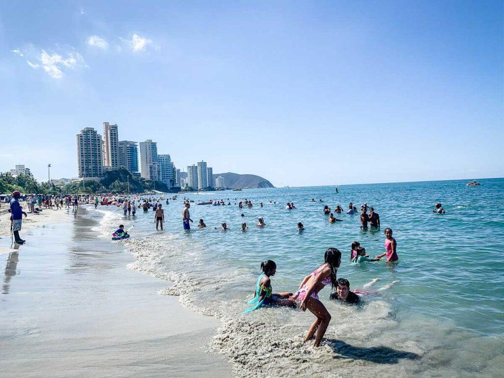 Playa el Rodadero is a very busy beach
