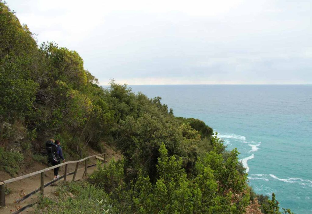 Hiking Cinque Terre with a toddler on the Vernazza to Monterosso trail
