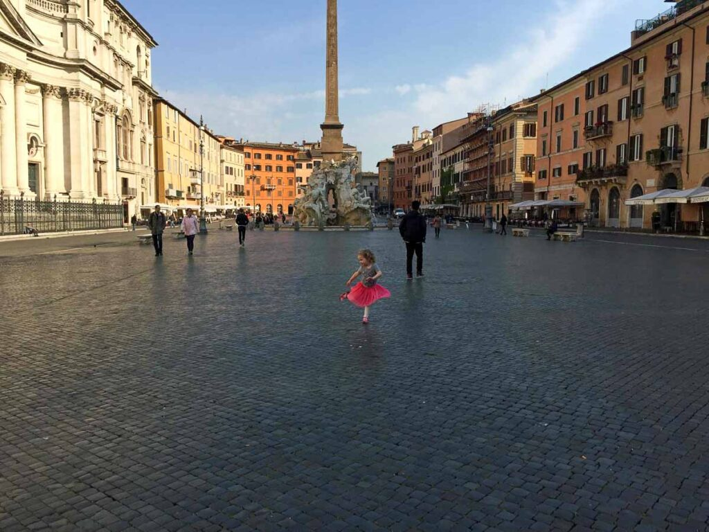 Visiting Rome with children makes you want to dance like no one is watching