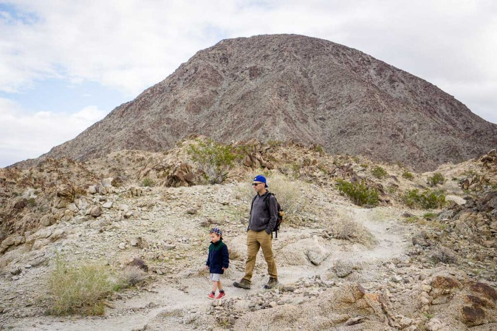 Family-friendly hiking in palm desert at the Palm Springs zoo