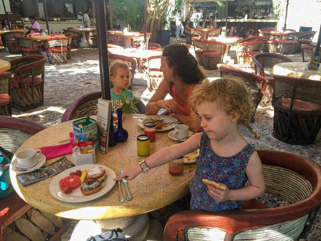 There are plenty of places to eat at Xcaret with kids