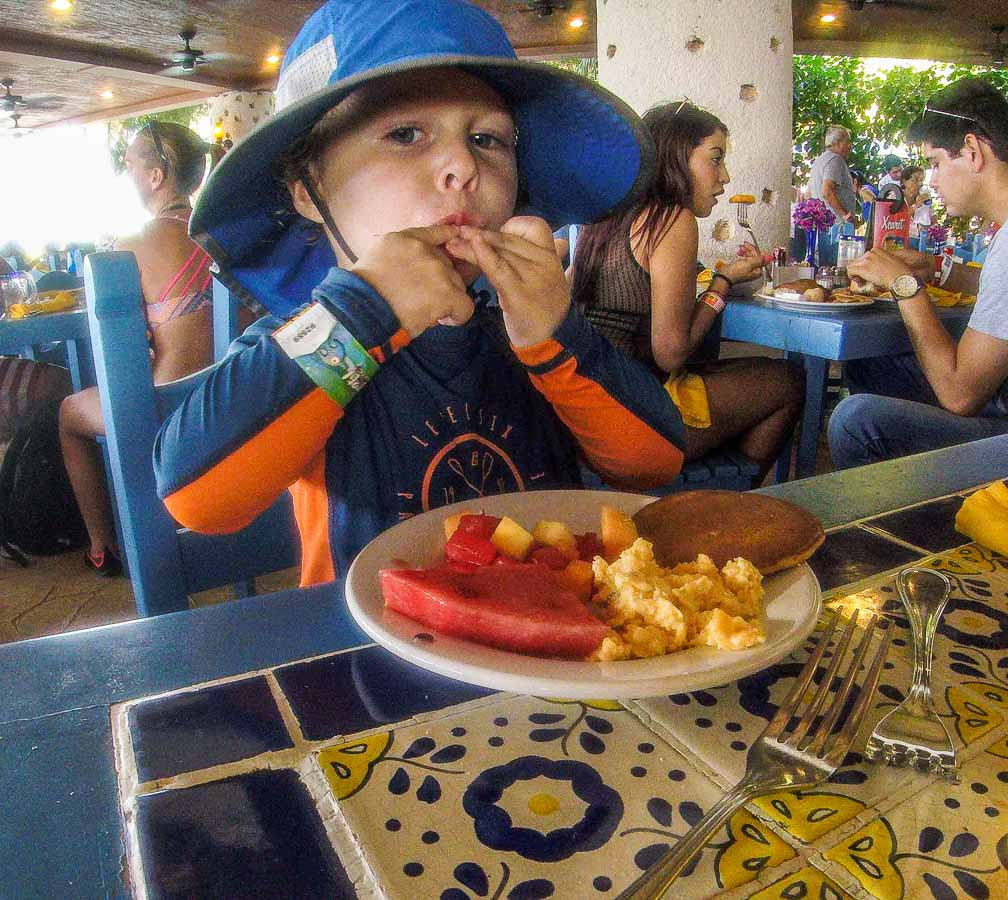 The all-inclusive Xel-Ha buffet restaurants have plenty of kid-friendly food options