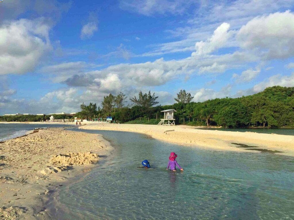 The stream and cenote at Punta Esmerelda beach makes it one of the most kid-friendly beaches in Playa del Carmen