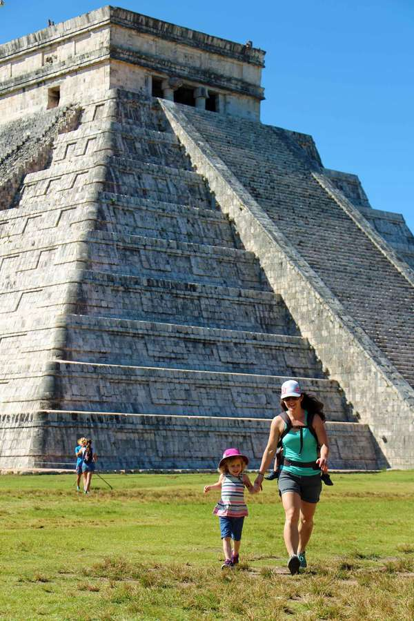 When visiting Chichen Itza arrive early to get good pictures of the El Castillo pyramid