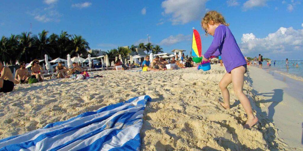 public beaches in playa del carmen with kids