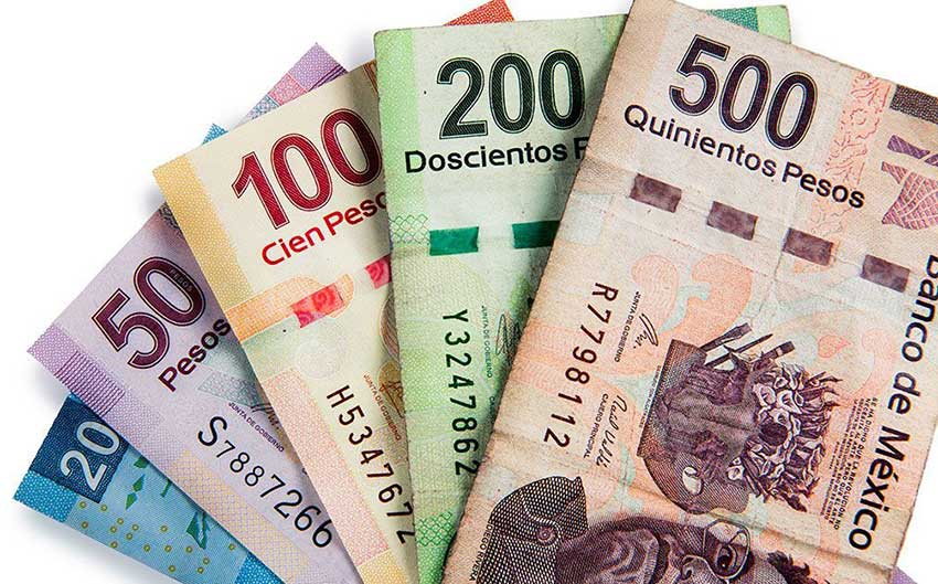 Beware the Mexico tourist scam where they switch your 500 peso note for a 50 peso note