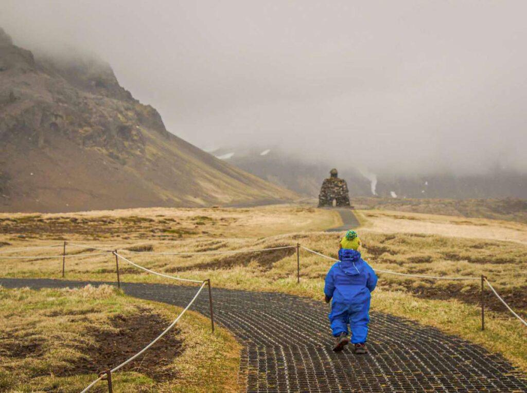 hiking snaefellsnes peninsula iceland with kids - Hellnar to Arnarstapi hike