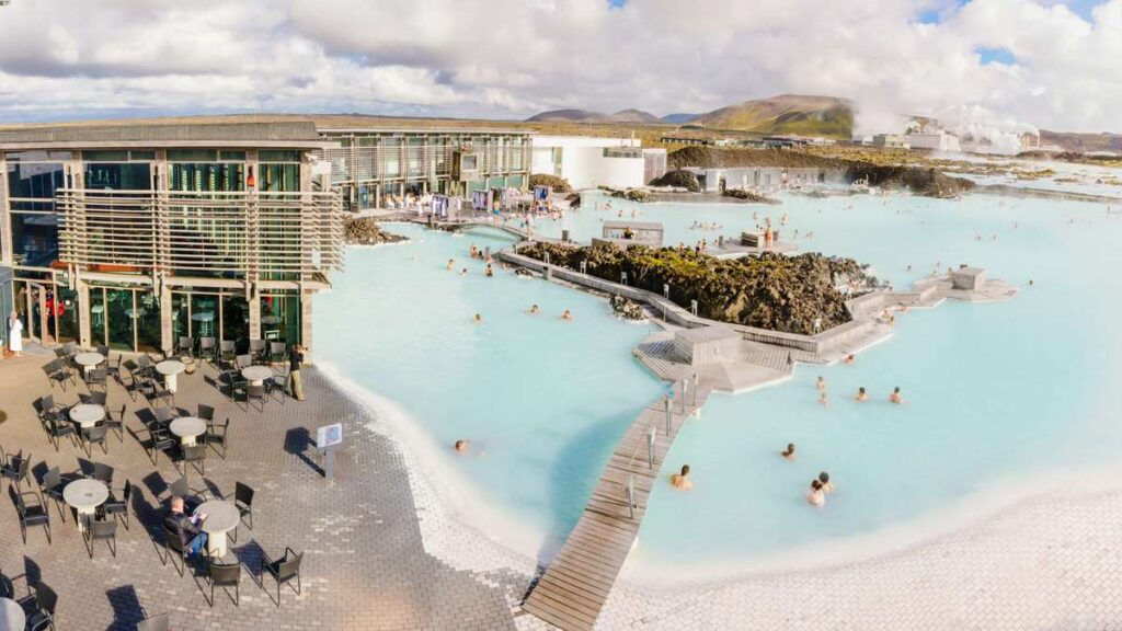 Parents wishing to visit the Blue Lagoon with a baby can take turns in the lagoon and the restaurant