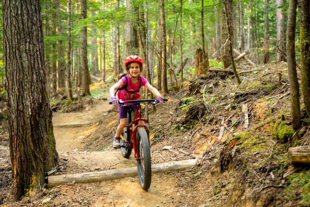 easy revelstoke mountain bike trails at mount macpherson